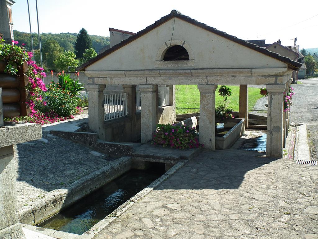 fontaine-feche-leglise