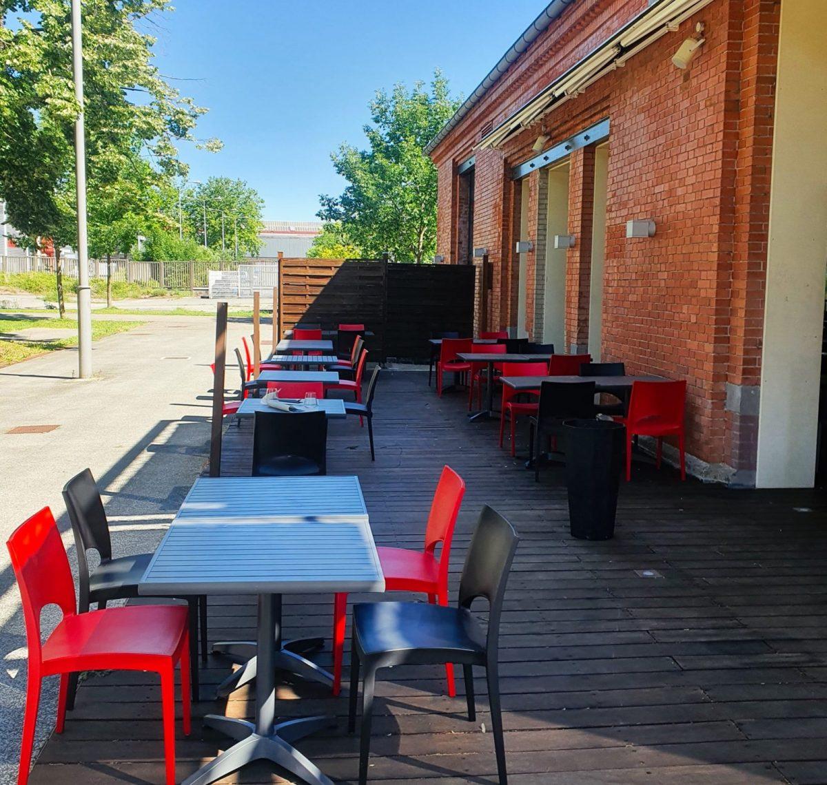 terrasse-table-belfort